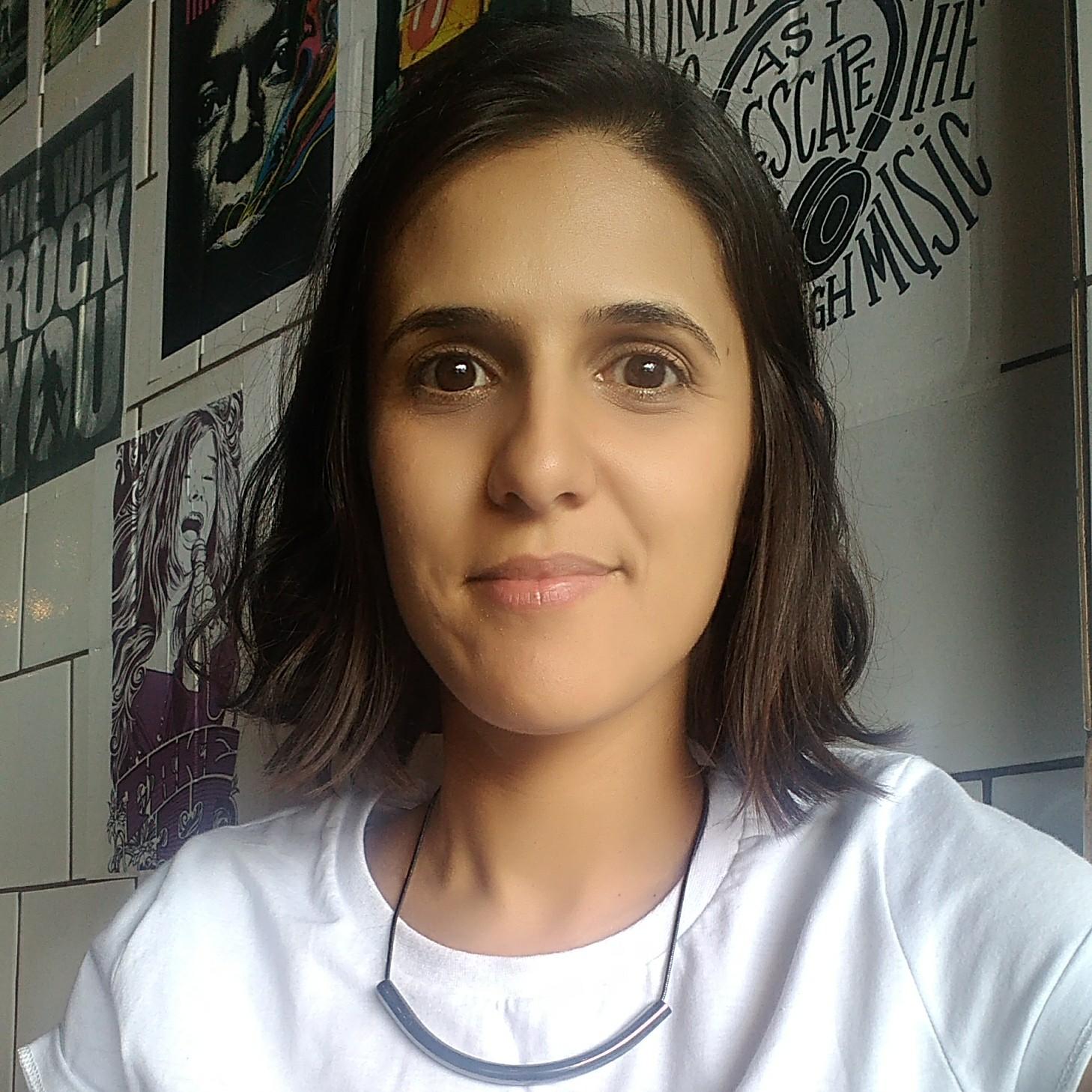 Michele Menezes Pinheiro