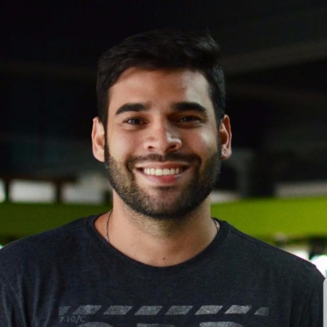 Victor Araújo