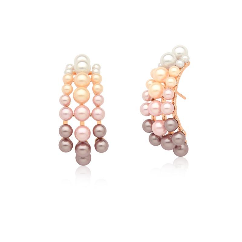 Brinco Ear Hook Pérolas Brancas Rosés Três Fileiras Folheado em Ouro