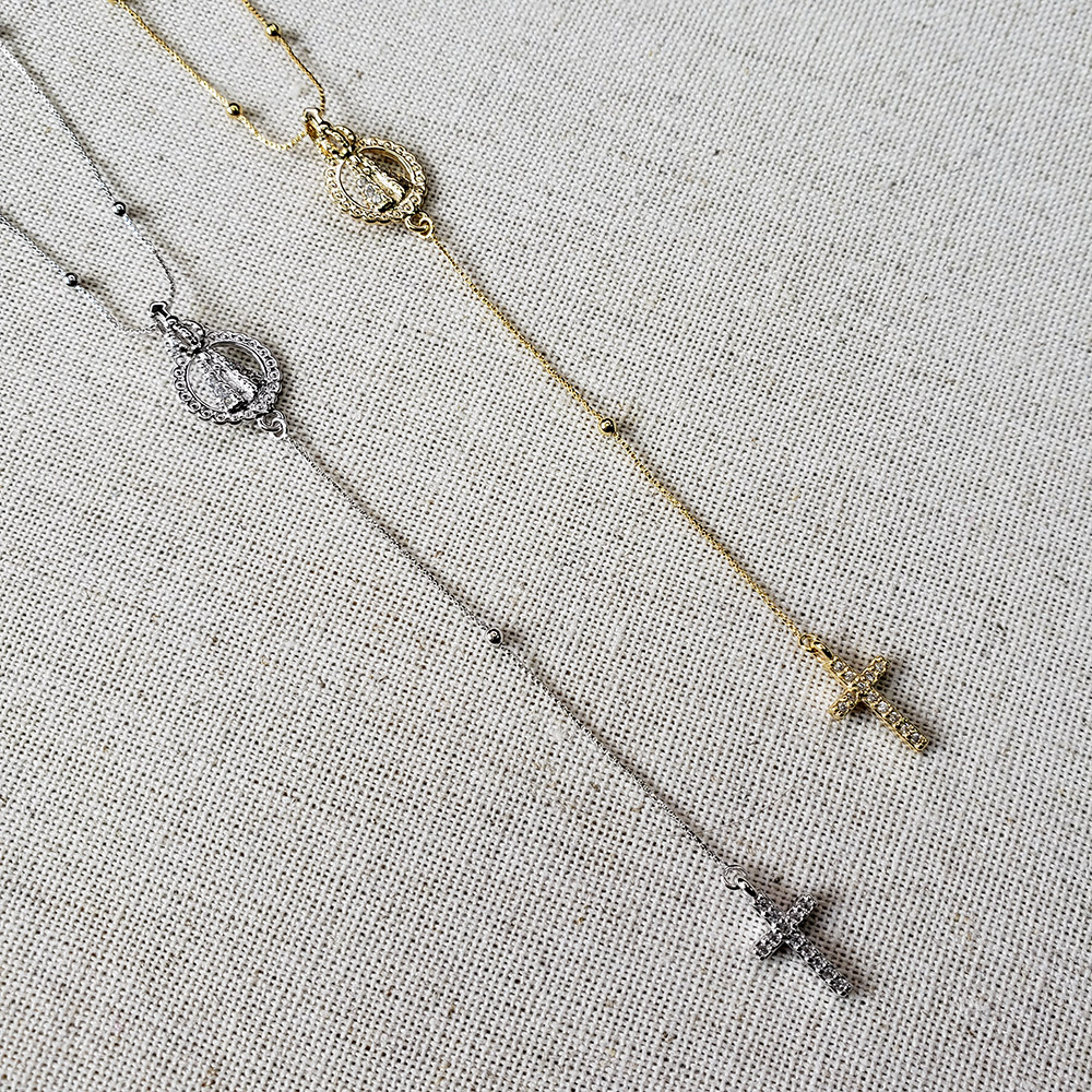 Colar Gravata Cruz Nossa Senhora Aparecida Zircônias Folheado em Ródio Branco