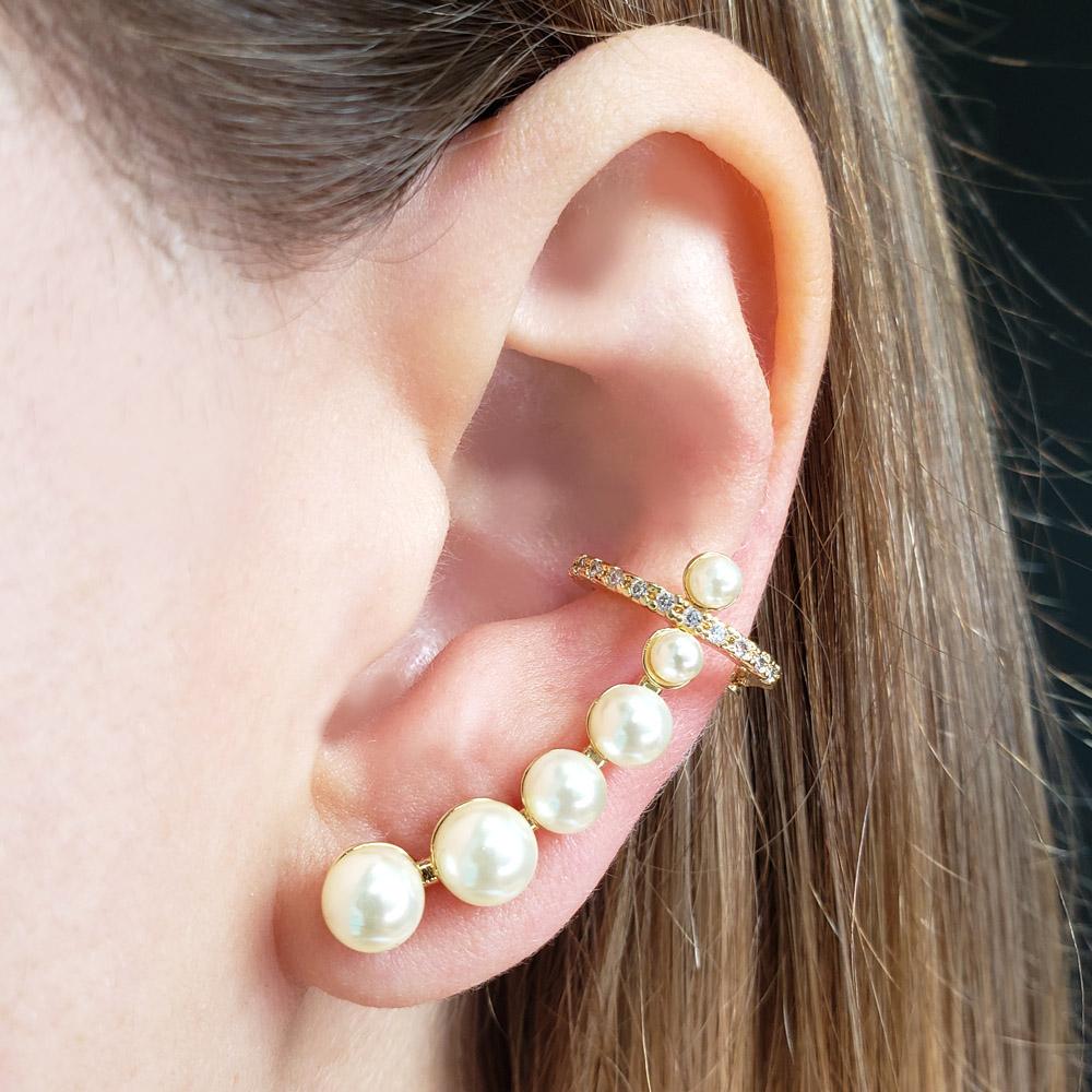 Brinco Ear Cuff Pérolas Shell Gancho Zircônias Folheado em Ouro