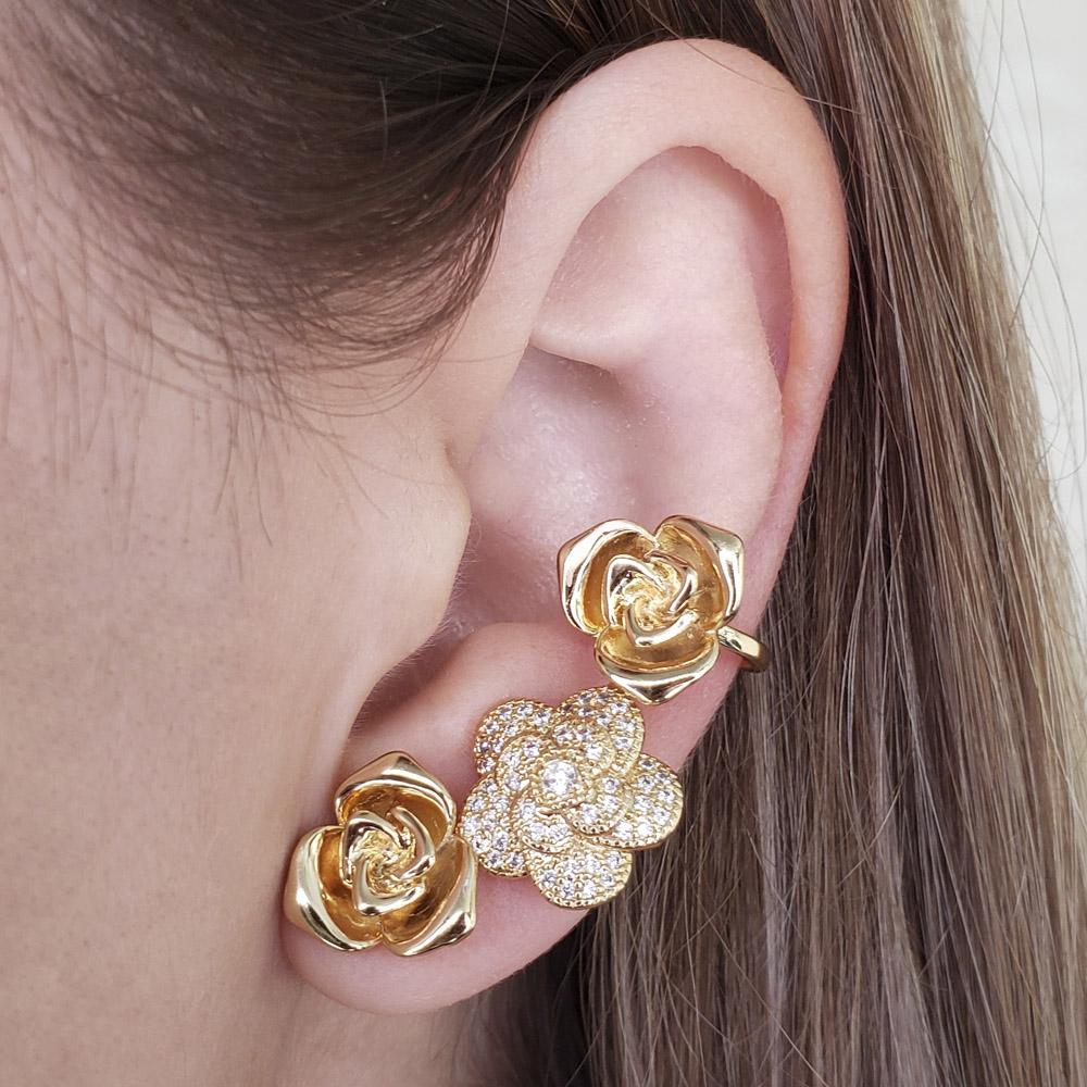 Brinco Ear Cuff Rosas Grandes Zircônias Folheado em Ouro