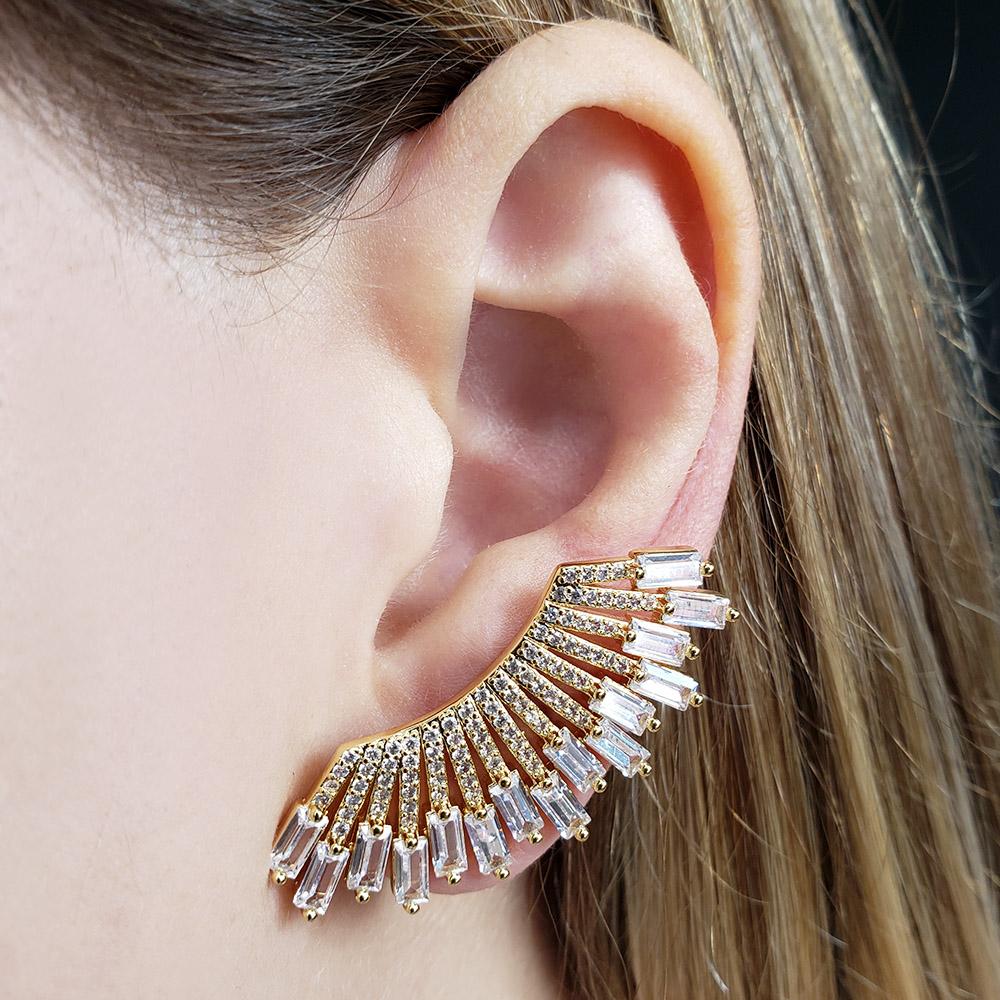Brinco Ear Cuff Leque Zircônias Folheado em Ouro