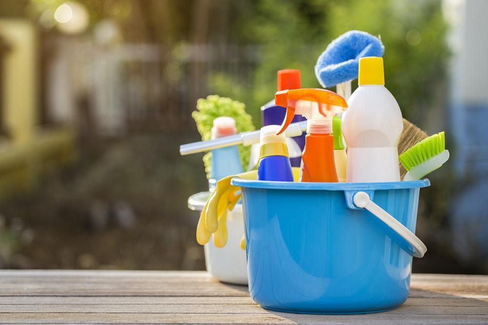 Produtos utilizados na limpeza de caixa d'água