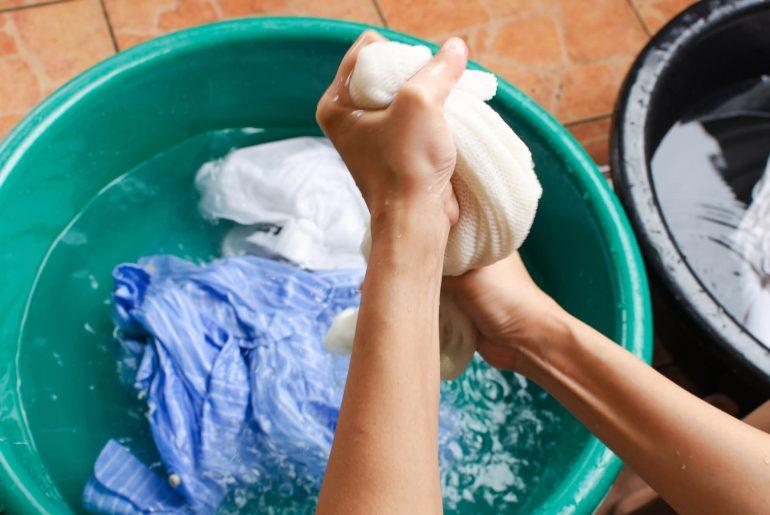 como tirar mancha de roupa, como remover manchas de roupa, como tirar mancha de camisa