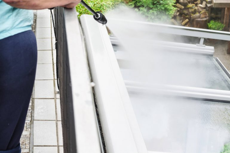 como limpar telhado, como fazer limpeza de telhado