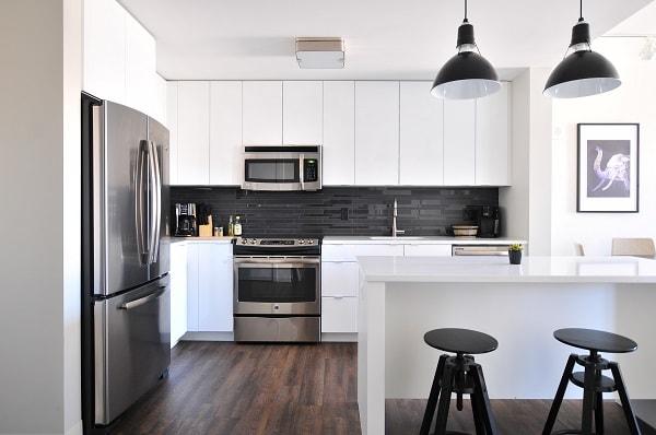 iluminação residencial, iluminação para cozinha, luz branca ou amarela