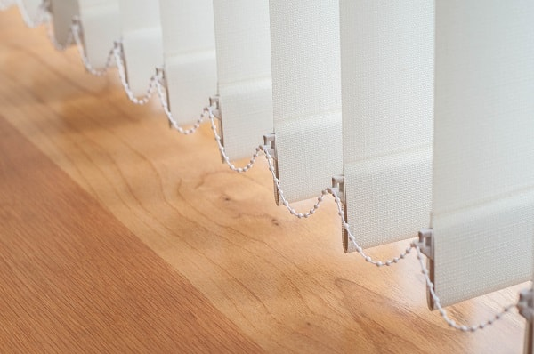 como limpar persianas, como limpar persianas, como limpar persiana vertical, como higienizar persianas