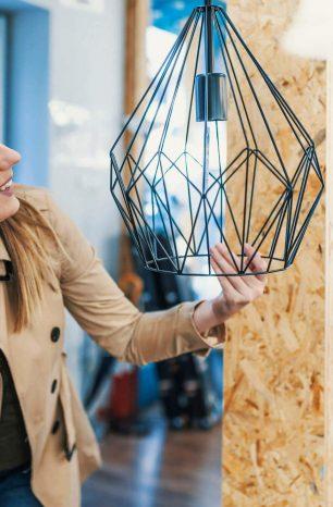 Saiba como diferenciar e como escolher lustre, pendente e luminária