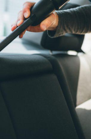 Como limpar banco de carro corretamente? Aprenda!
