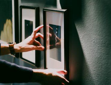 quadros na parede, como fixar quadros na parede