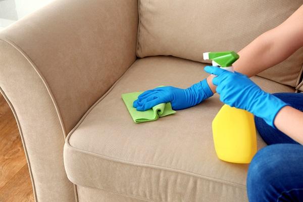 como impermeabilizar sofá, como fazer lavagem a seco de sofá