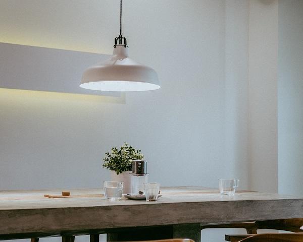 como escolher lustre, diferença entre lustre e pendente, diferença entre lustre e luminária, pendentes e luminárias, como escolher luminária
