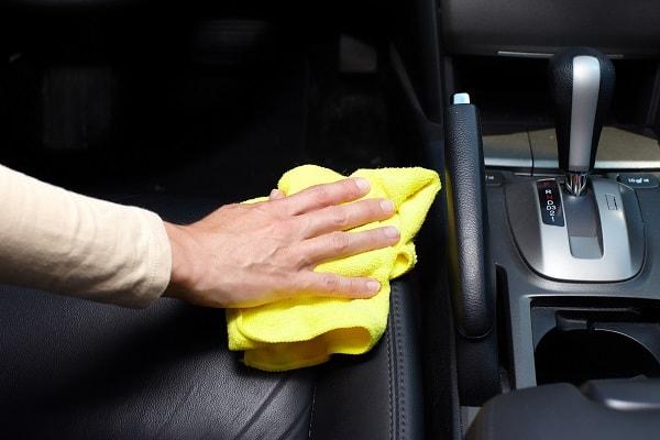 como limpar banco de carro, como limpar banco de carros a seco, como limpar banco de carros de tecido, como limpar banco de couro de carro, como limpar banco de carros de couro, como limpar banco de carros com vomito