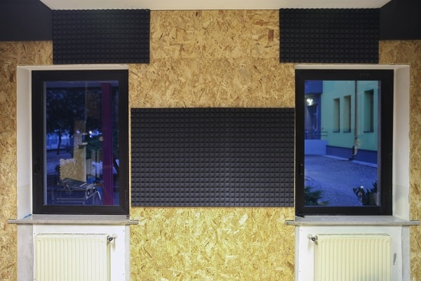 isolamento acústico para apartamento, isolamento acustico, isolamento acustico residencial, espuma acustica, janela anti ruido, janela acustica,