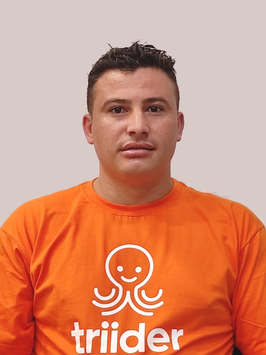 Profissional Eduardo Ramos Oliveira