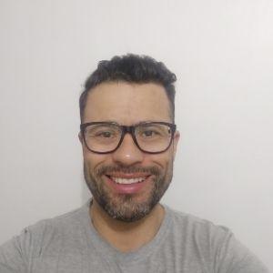 Profissional Alan Cruz