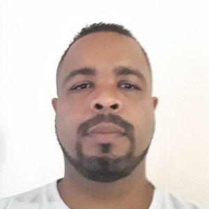 Profissional José Márcio Moreira Cruz