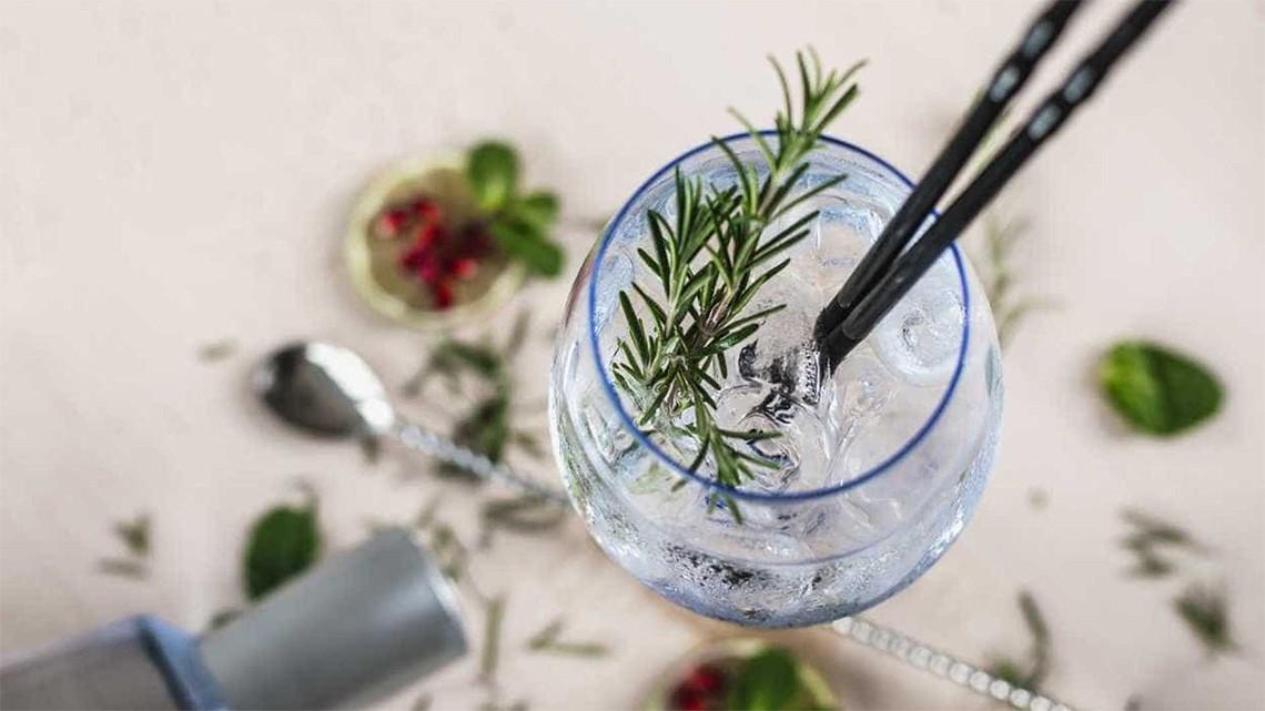 5 drinks refrescantes para o verão