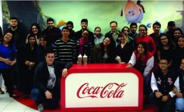 estudantes do unianchieta visitam a fabrica da coca-cola