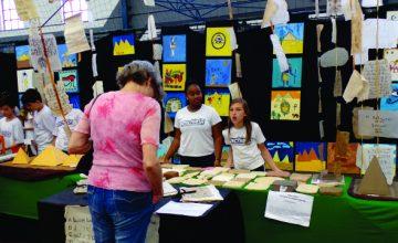 feira-cientifica-e-cultural-e-sucesso-entre-os-estudantes