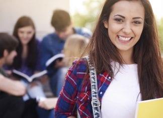 foto-como-ter-a-chance-estudar-sem-pagar-nada
