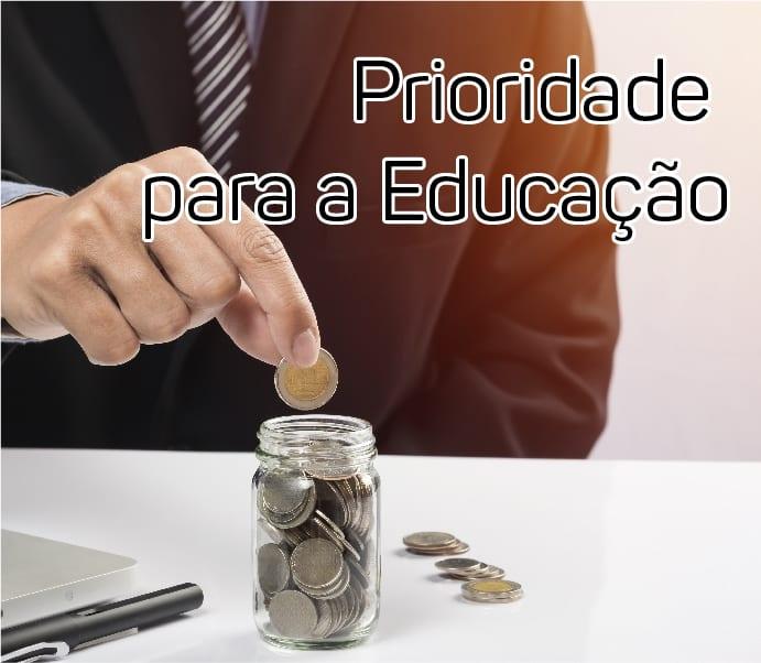 foto-prioridade-educacao-inst