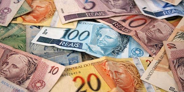 """88f218b1c A frase """"tempo é dinheiro"""" é muito usada nos dias de hoje. Esse papel tem  uma grande influência em nossas vidas. Tudo o que fazemos está ligado à  riqueza"""