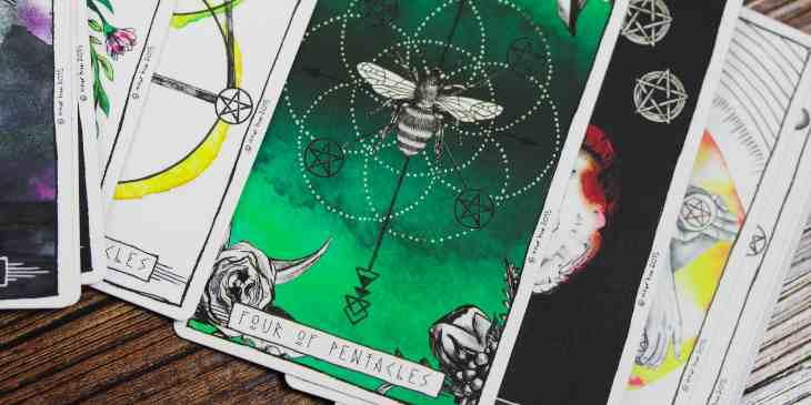 sonhar-com-cartas-de-tarot