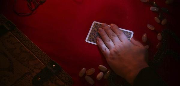 cómo echar las cartas del tarot