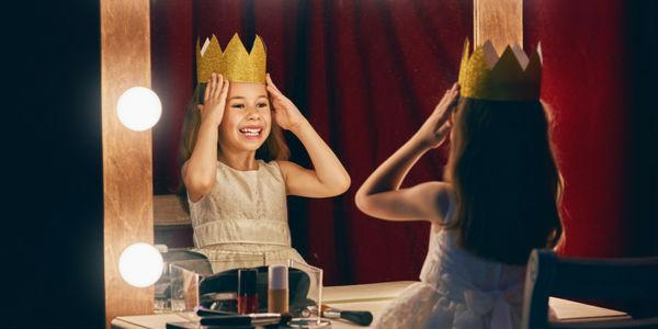 nombres de reinas y princesas del mundo
