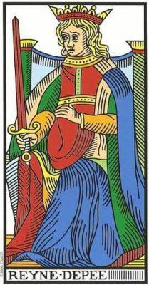 reina de espadas en el tarot