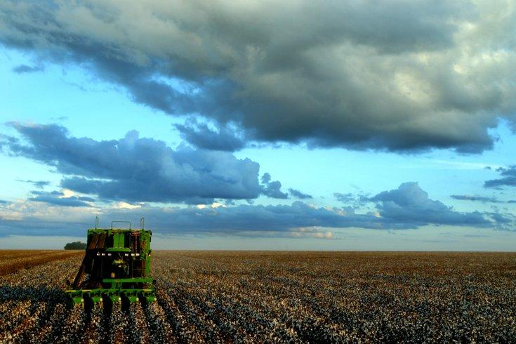 Brazil at 2040: pesquisadores da Universidade Texas A&M, junto com Constanza Valdes do USDA Econonomic Research Service, publicaram um estudo sobre o potencial do Brasil como um consumidor e competidor de produtos agrícolas dos EUA até 2040.