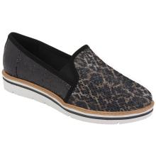 Sapato em tecido 17-4603
