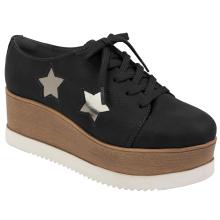 Sapato em sintetico 17-4853
