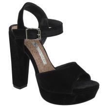 Sandália em tecido 17-7304