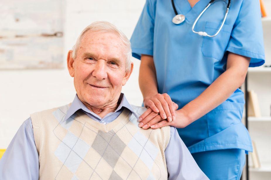 Geriatria: conheça a especialidade médica que cuida dos idosos!