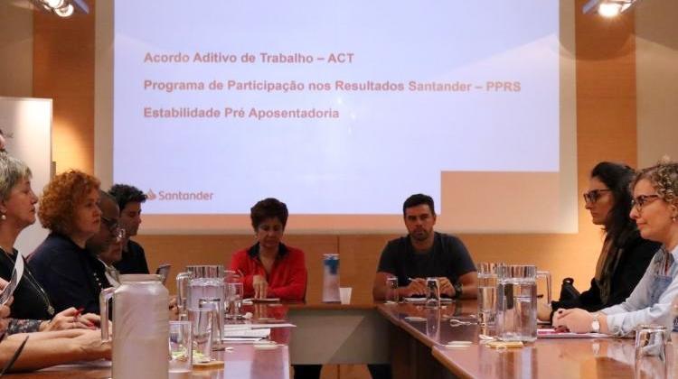 Santander não apresenta avanços para renovar Aditivo