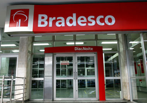 Bradesco atende reivindicações dos bancários e anuncia melhorias no Plano Dental