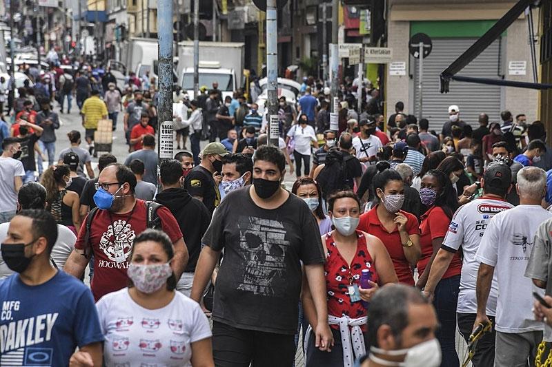 Brasileiro está mais pobre, triste e estressado, segundo estudo da FGV