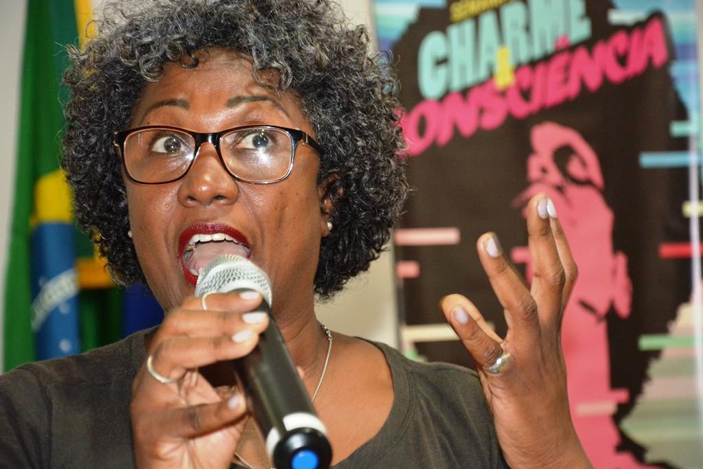 A secretária de Igualdade Racial da CTB, Mônica Custódio. Imagem: Wellington Santos/ Comerciários