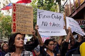 Revolta no Chile são reflexos do neoliberalismo e da Reforma Previdenciária defendida por Paulo Guedes