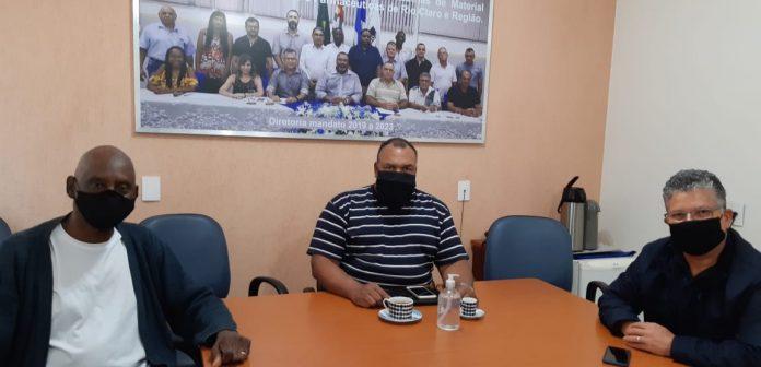 Químicos de Rio Claro discutem campanha salarial e conjuntura