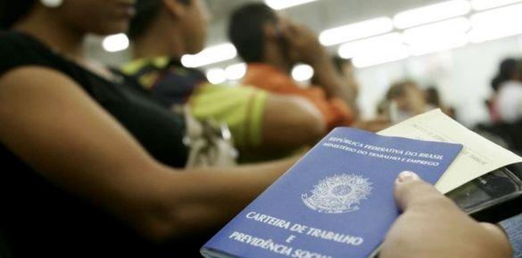 Retomada econômica: Brasil recupera 18% do índice de emprego, diz FGV