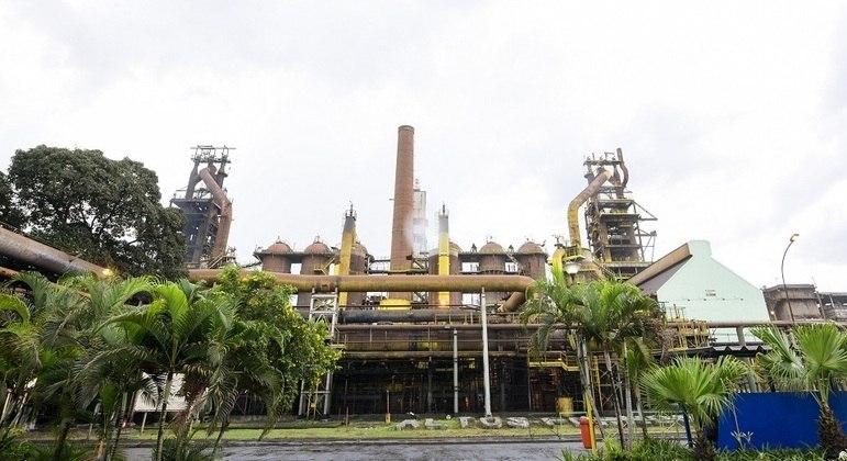 Trabalhadores expostos a amianto serão indenizados pela Usiminas