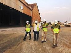 Governo Municipal visita fábrica de fertilizantes inaugurada em Uberaba