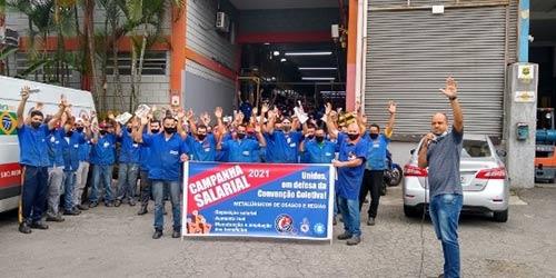 Mais de 10 mil metalúrgicos mobilizados por reajuste e direitos