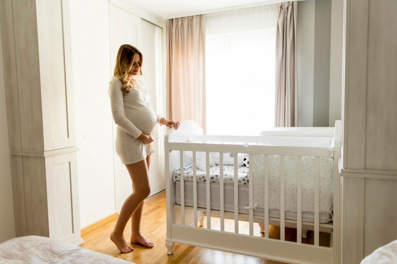 Um berço seguro precisa preencher uma série de requisitos para atender às normas do Inmetro e proporcionar uma soneca tranquila para o bebê. Saiba mais!