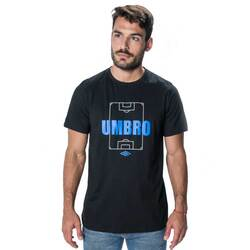 Remera Estampa Pitch Hombre Umbro