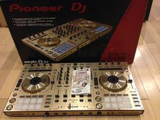 Pioneer DDJ-SX costó $430USD / Pioneer DDJ-SX2 por $500USD / Pioneer XDJ-RX por $670USD